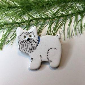 Vintage ceramic Scottie dog brooch pin
